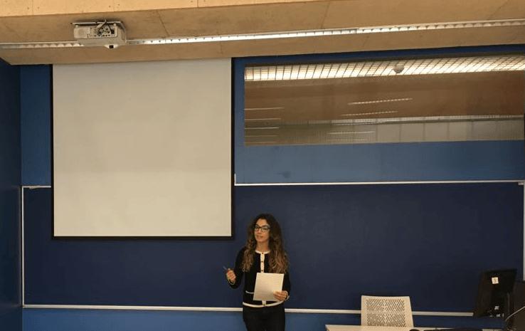 Curso Hablar en Público: alcanza el éxito en la presentación TFG
