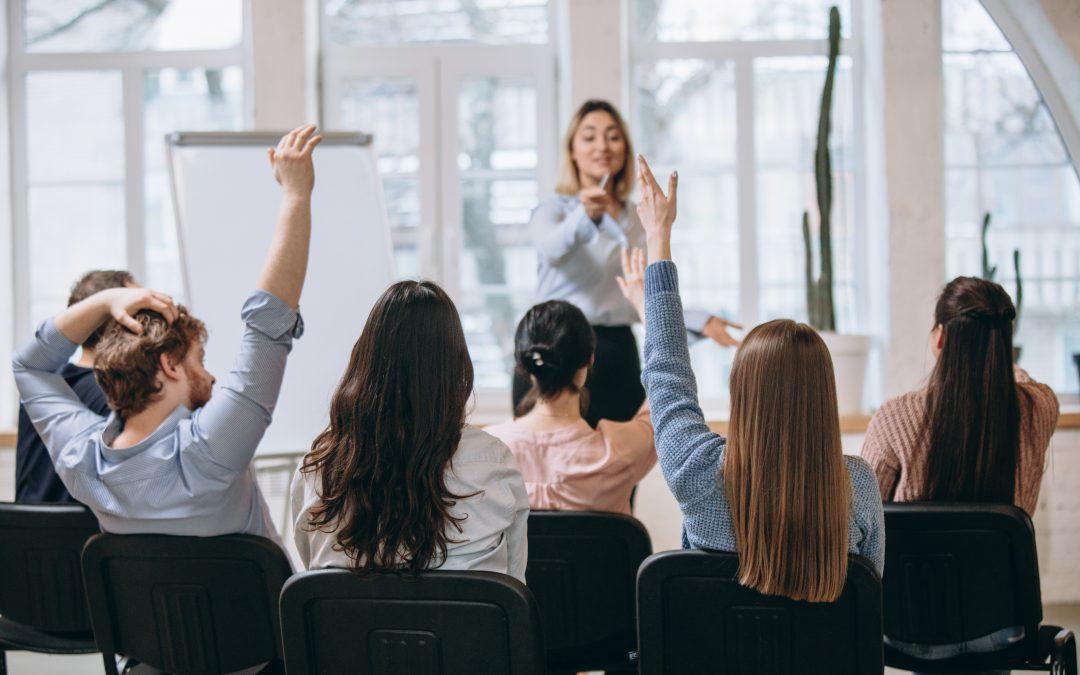 ¿Cuántos participantes debe haber en una formación?